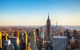 Картинка небо, побережье, дома, Нью-Йорк, небоскребы, вертолет, залив