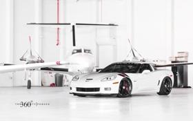Обои Z06, Corvette, Chevrolet, ангар, white, шевроле, корвет
