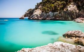 Обои бухта, камни, скалы, лодка, океан
