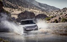 Картинка вода, горы, брызги, серебристый, джип, внедорожник, Land Rover