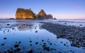 Обои небо, камни, океан, скалы, голубое, берег, побережье