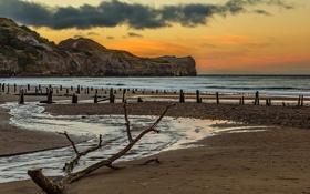 Обои скалы, небо, ручей, море, песок, галька, берег