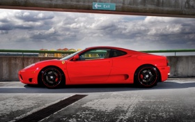 Картинка небо, красный, тучи, профиль, парковка, red, ferrari