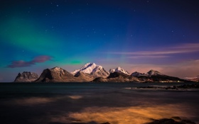 Обои море, небо, звезды, свет, снег, горы, сияние
