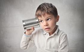 Обои фон, ребенок, мальчик, банка, телефон, нить