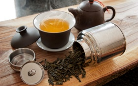 Обои чай, чайник, пар, чашка, заварка, баночка