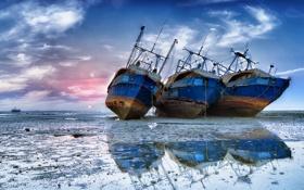 Картинка море, корабли, мель
