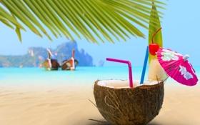 Обои море, пляж, пальмы, зонтик, лодки, коктейль, трубочки