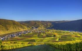 Картинка небо, солнце, городок, речка, Германия, дома, горы