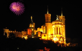 Картинка ночь, огни, Франция, салют, храм, Lyon, Notre-Dame de Fourviere