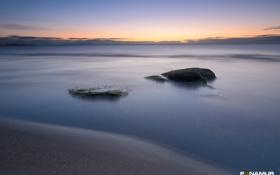 Обои море, пляж, гладь, камни