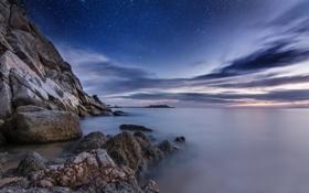 Обои небо, вода, звезды, облака, пейзаж, гладь, камни