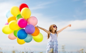 Обои воздушные шары, sky, счастье, радость, colorful, kid, girl