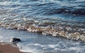 Обои песок, пена, вода, макро, берег, камень, волна