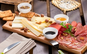 Картинка сыр, мясо, орехи, миндаль, фундук, нарезка, ассорти