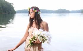 Картинка взгляд, девушка, цветы, озеро