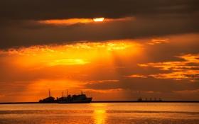 Обои море, пейзаж, закат, корабли