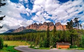 Обои небо, облака, деревья, дом, Канада, Альберта, Castle Mountain