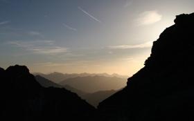 Обои небо, облака, свет, горы, камни, фото, скалы