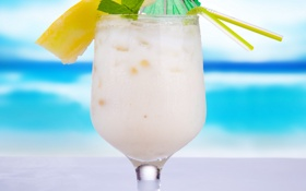 Обои cocktail, beach, milkshake, tropical, summer, fruit