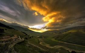 Обои закат, облака, дома, поля, холмы