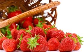 Картинка ягоды, корзина, клубника, корзинка, рассыпанные