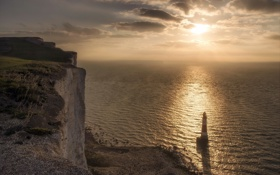 Картинка Light Up, Lighthouse, Beachy head, Sussex