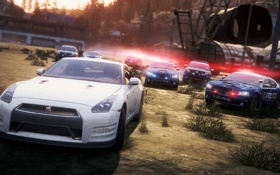 Картинка гонка, полиция, погоня, need for speed most wanted 2, Nissan R35 GTR