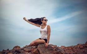Картинка небо, свобода, девушка, радость, ветер, Leslie Boulnois