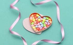 Обои сердечки, коробочка, сердце, еда, сладкое, ленточка, драже