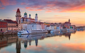 Картинка река, корабль, дома, Германия, Бавария, собор, Дунай