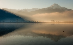Обои mountain, lake, fog, hills, sunrise