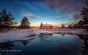Картинка зима, лес, закат, горы, природа, озеро, дом