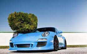 Обои Porsche, передок, 911, тюнинг, голубой, порше, забор