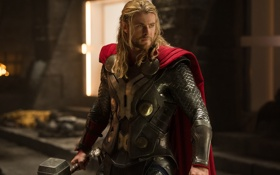 Обои Тор, Thor, фантастика, Крис Хемсворт, молот, доспехи, накидка