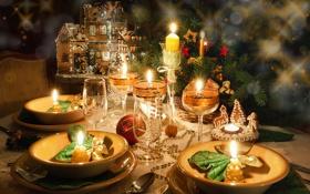 Обои зима, стол, игрушки, свечи, Новый Год, печенье, бокалы