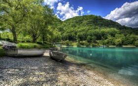 Обои деревья, озеро, камни, берег, лодки, Словения, Most na Soci