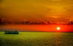 Картинка волны, небо, солнце, облака, закат, река, корабль