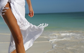 Картинка песок, море, лето, пена, Девушка, горизонт, кольцо