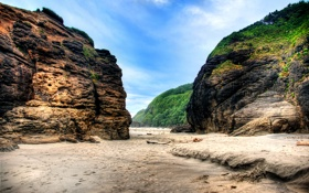 Картинка песок, зелень, скалы, природа