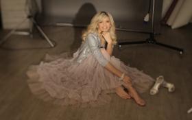 Обои девушка, платье, блондинка, певица, фотосессия, pop, вера брежнева