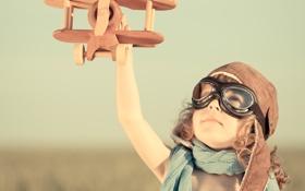 Картинка лётчик, шлем, самолёт, игра, ребёнок, игрушка