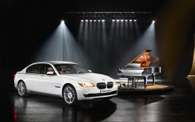 Картинка BMW, рояль, белая