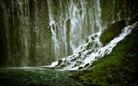 Обои зелень, водопад, канализация