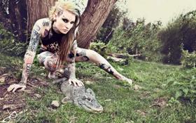 Картинка девушка, крокодил, Lusy Logan