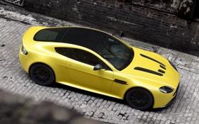 Обои car, Aston Martin, yellow, V12 Vantage S, суперкар. астон мартин