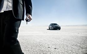 Обои BMW, пустыня, человек, авто