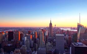 Обои небо, рассвет, башня, небоскреб, дома, панорама, мегаполис