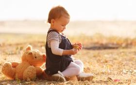 Картинка осень, игрушка, девочка, ребёнок, плюшевый мишка