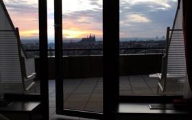 Картинка небо, солнце, рассвет, окна, стулья, утро, номер